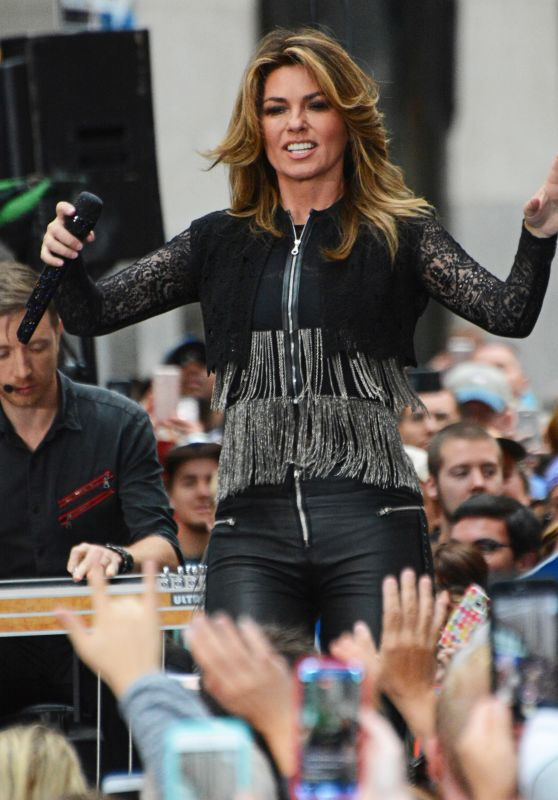 Shania Twain - Performs at the Today Show Concert Series in NYC 06/16/2017