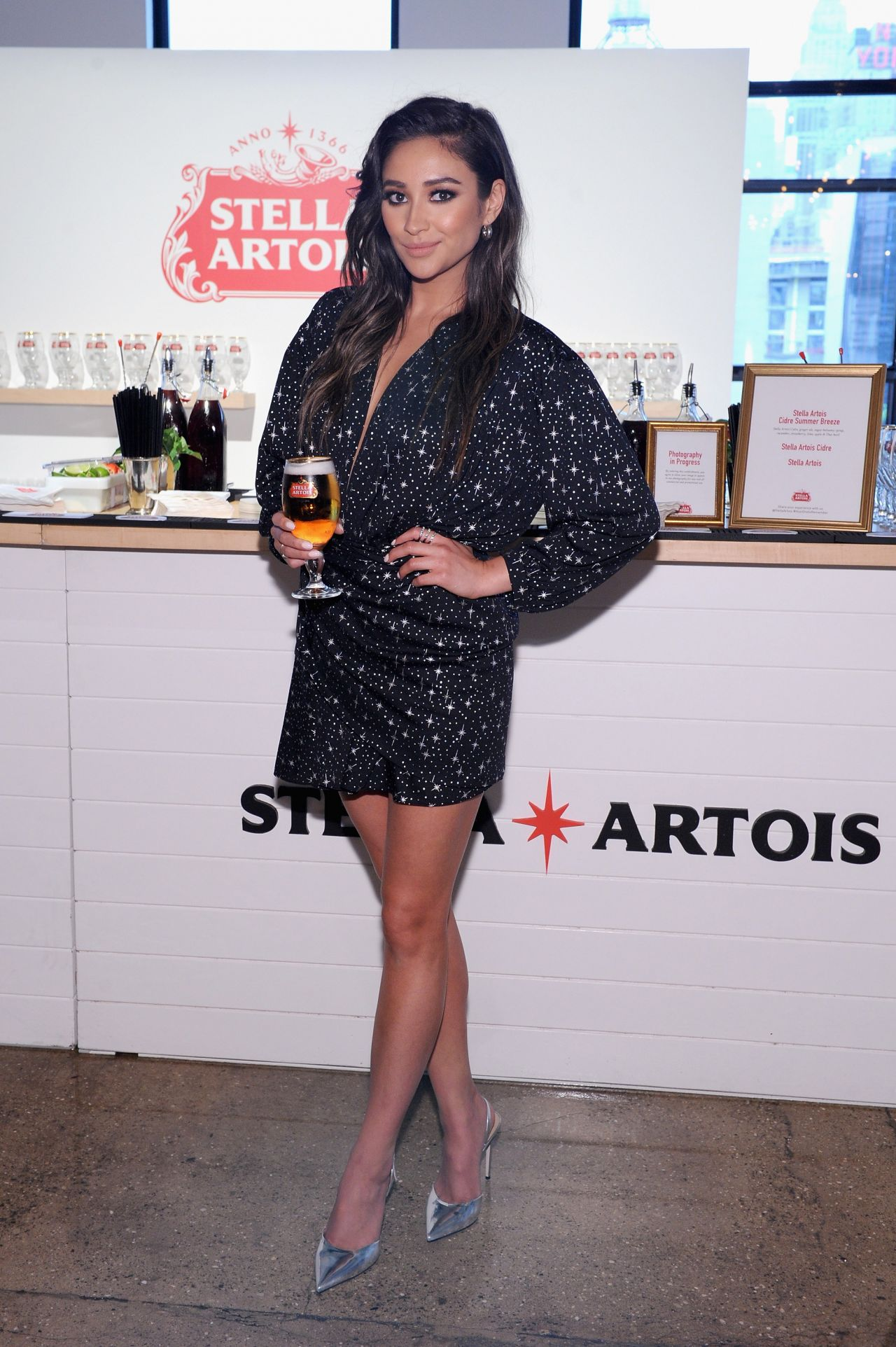 http://celebmafia.com/wp-content/uploads/2017/06/shay-mitchell-host-one-to-remember-at-the-stella-artois-braderie-in-nyc-06-06-2017-1.jpg