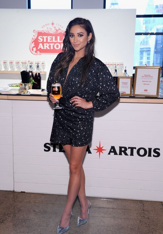 "Shay Mitchell - ""Host One to Remember"" at the Stella Artois Braderie in NYC 06/06/2017"