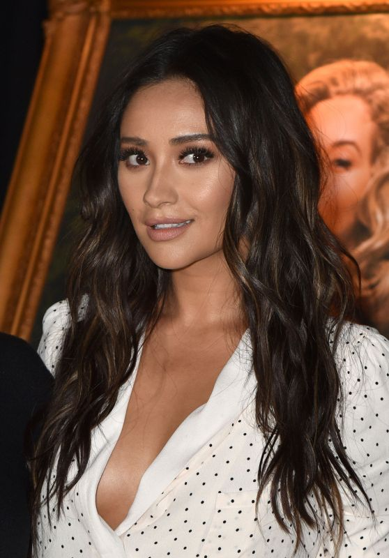 "Shay Mitchell - ""Pretty Little Liars: Made Here"" Exhibit in LA 06/14/2017"