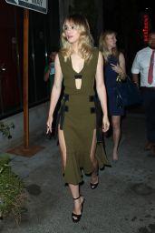 "Suki Waterhouse Looks Stylish - Leaving ""The Bad Batch"" Premiere in Los Angeles 06/19/2017"