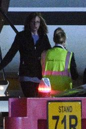 Taylor Swift - Arriving at Luton Private Terminal - London 06/25/2017