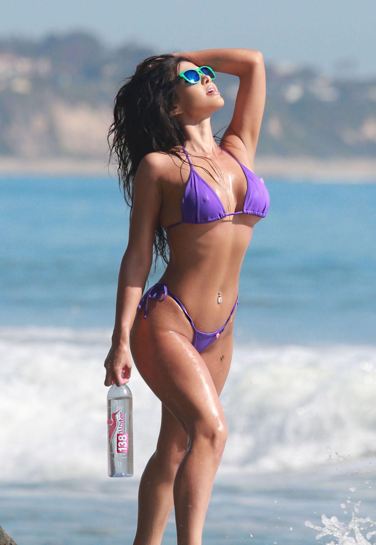 Val Fit in Bikini
