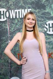 """Zoe McLane – """"Twin Peaks"""" Premiere in Los Angeles 05/19/2017"""
