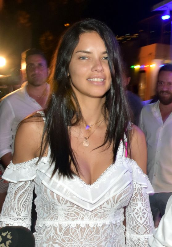 Adriana Lima at a Restaurant for a Dinner in Bodrum, Turkey 07/12/2017