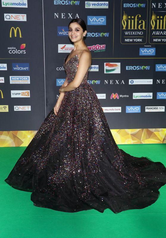 Alia Bhatt - 2017 International Indian Film Academy Festival in New Jersey 07/14/2017