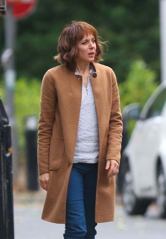 "Amanda Abbington - Filming the new Netflix Series ""Safe"" in Manchester 07/21/2017"