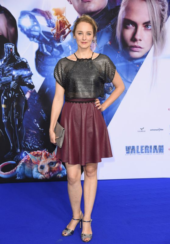 """Anne-Catrin Märzke – """"Valerian and the City of a Thousand Planets"""" Premiere in Berlin 07/19/2017"""