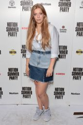 "Becky Hill – Notion Magazine ""Vibes"" Party in London 07/08/2017"