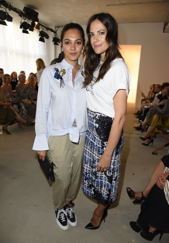 Bettina Zimmermann and Nilam Farooq - Dorothee Schumacher Show - Mercedes Benz Fashion Week in Berlin 07/06/2017