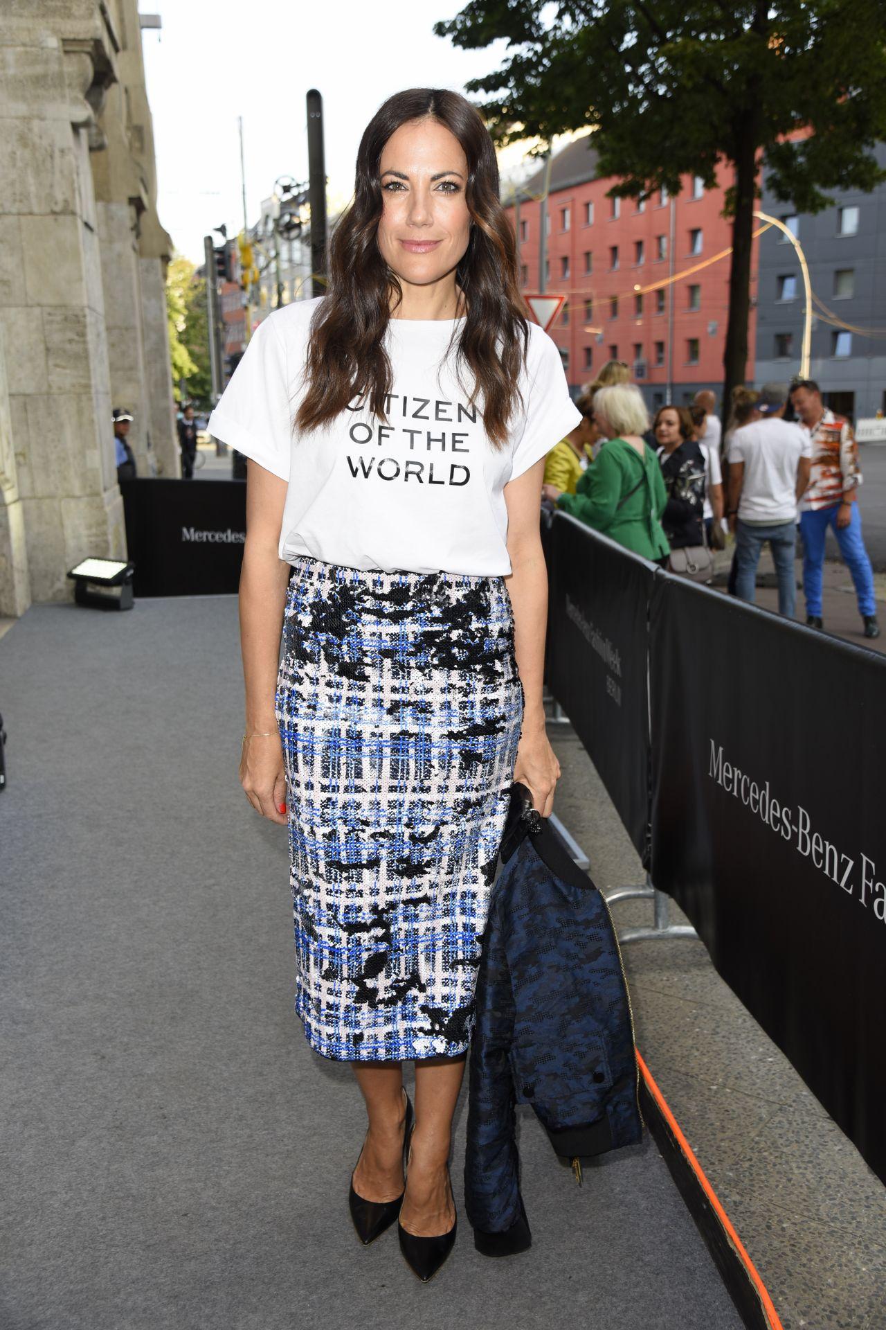 Lisa martinek saskia diez dorothee schumacher show mercedes benz fashion week in berlin - 2019 year
