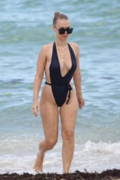 Bianca Elouise - Hits the beach in Miami 07/26/2017