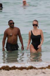 Bianca Elouise in black Swimsuit - Miami 07/22/2017