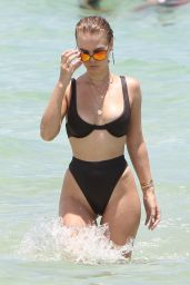 Bianca Elouise - Showing Off Her Toned Body Sporting a bikini in Miami Beach 07/19/2017