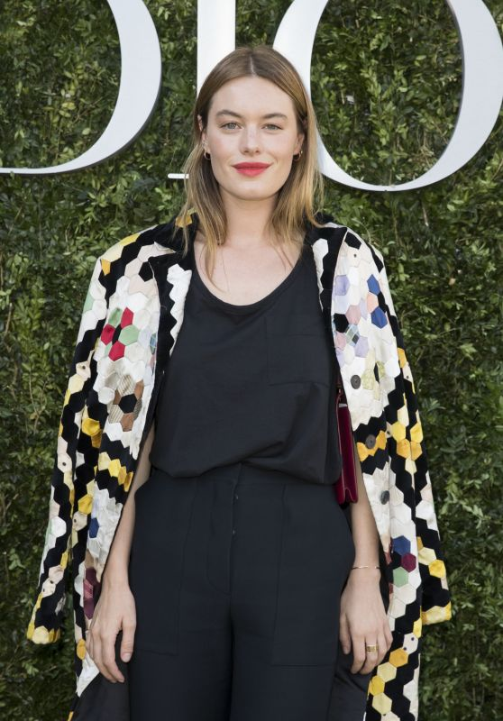 Camille Rowe – Christian Dior Fall Winter 2017 Photocall in Paris 07/03/2017