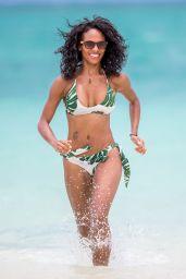 Candace Smith Shows Off Her Bikini Body - Lanikai, Hawaii 07/20/2017