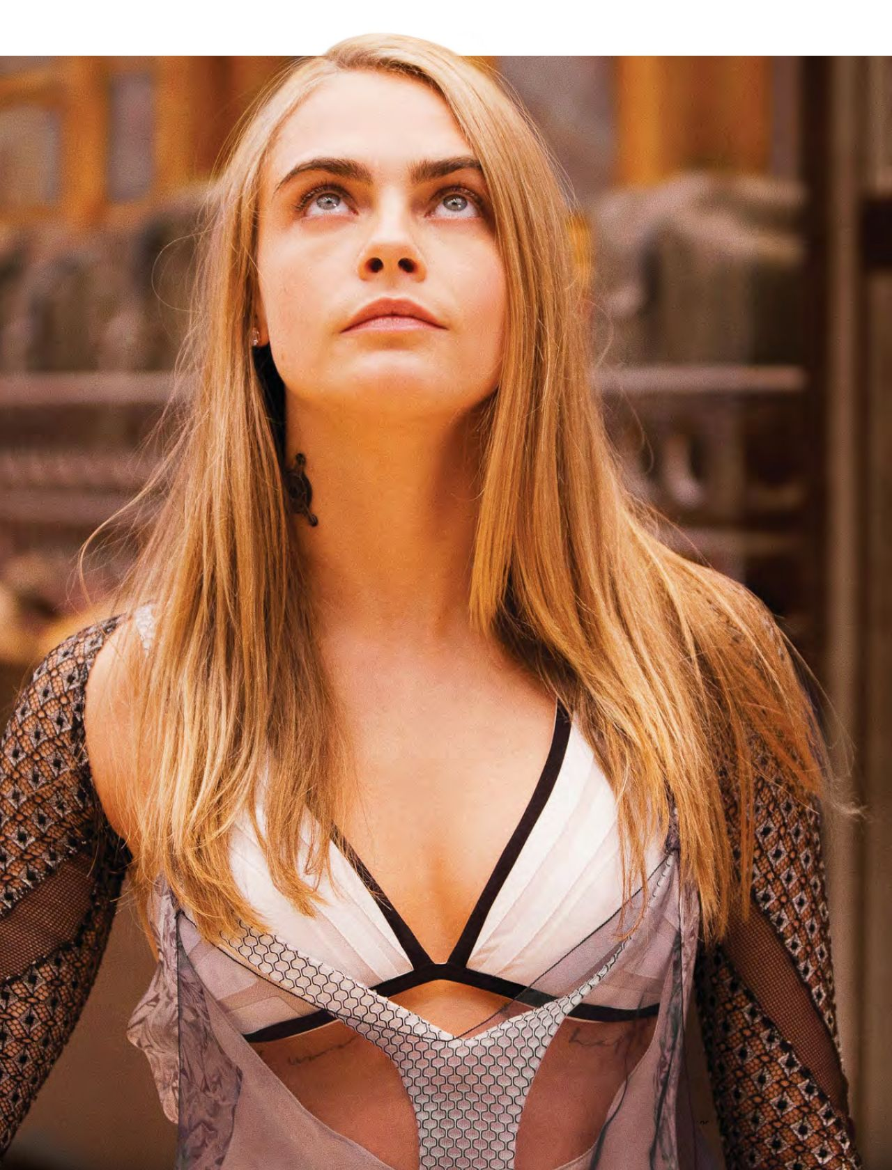 Cara Delevingne Latest Photos - CelebMafia