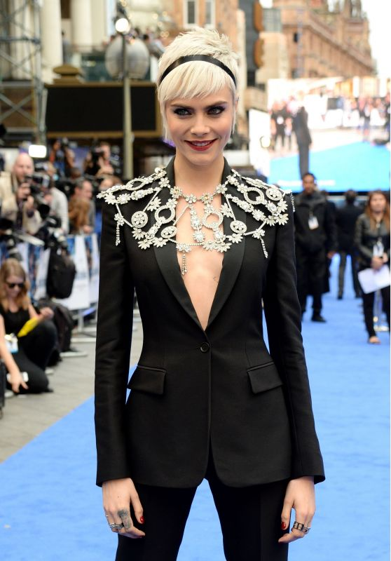 """Cara Delevingne – """"Valerian and the City of a Thousand Planets"""" Premiere in London 07/24/2017"""