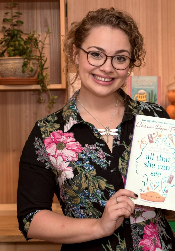 Carrie Hope Fletcher - Waterstones Piccadilly, London 07/13/2017