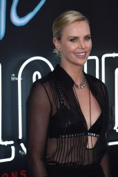 "Charlize Theron - ""Atomic Blonde"" Premiere in Los Angeles 07/24/2017"