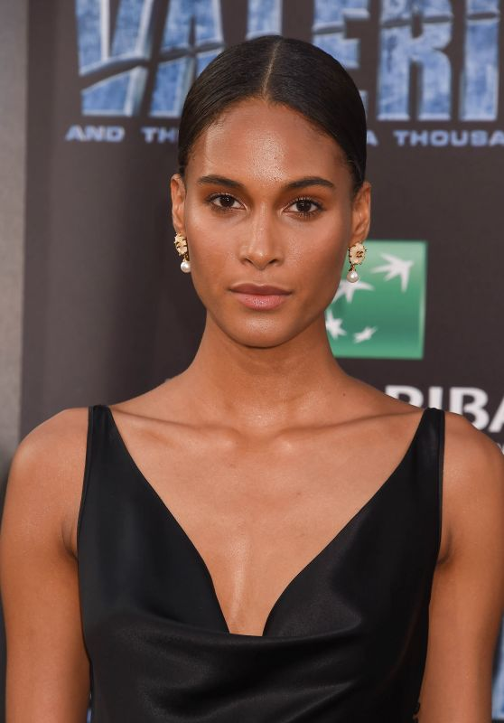 """Cindy Bruna – """"Valerian and the City of a Thousand Planets"""" Premiere in Los Angeles 07/17/2017"""