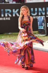 "Clara Paget – ""Dunkirk"" World Premiere in London 07/13/2017"