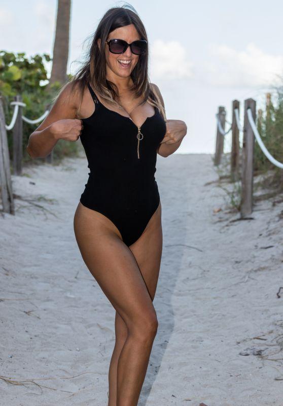 Claudia Romani - South Beach, FL 07/25/2017