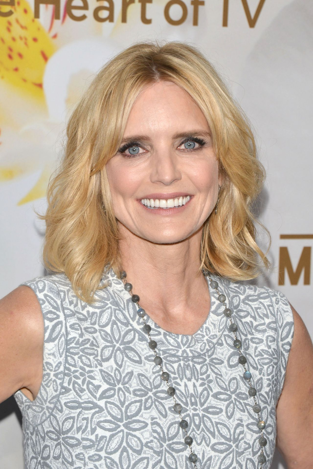 courtney thorne smith pron