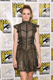 """Danielle Panabaker - """"The Flash"""" Presentation at San Diego Comic-Con 07/22/2017"""