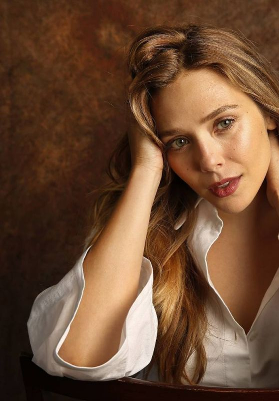 Elizabeth Olsen - Photoshoot for Los Angeles Times (2017)