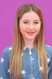 Ella Anderson – Nickelodeon Kids' Choice Sports Awards in Los Angeles 07/13/2017
