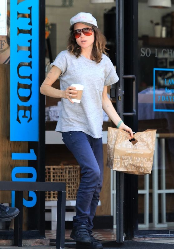 Ellen Page and Emma Portner Outside Cafe Gratitude in West Hollywood 07/14/2017