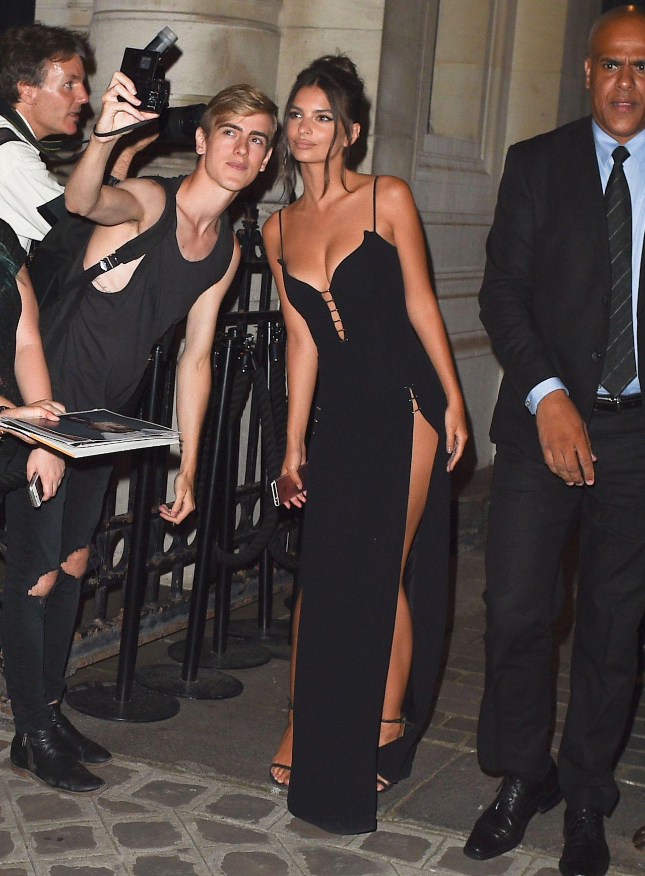 Emily Ratajkowski Vogue Party In Paris France 07 04 2017