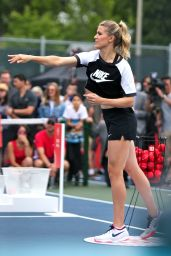 Eugenie Bouchard - Rogers Cup 60 Second Scramble Event in Toronto 07/26/2017