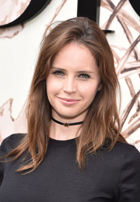 Felicity Jones – Christian Dior Fall Winter 2017 Show in Paris 07/03/2017