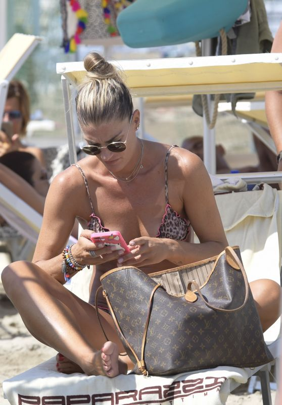 Francesca Piccinini - Relaxes on Paparazzi Beach in Milano Marittima, Italy 07/14/2017