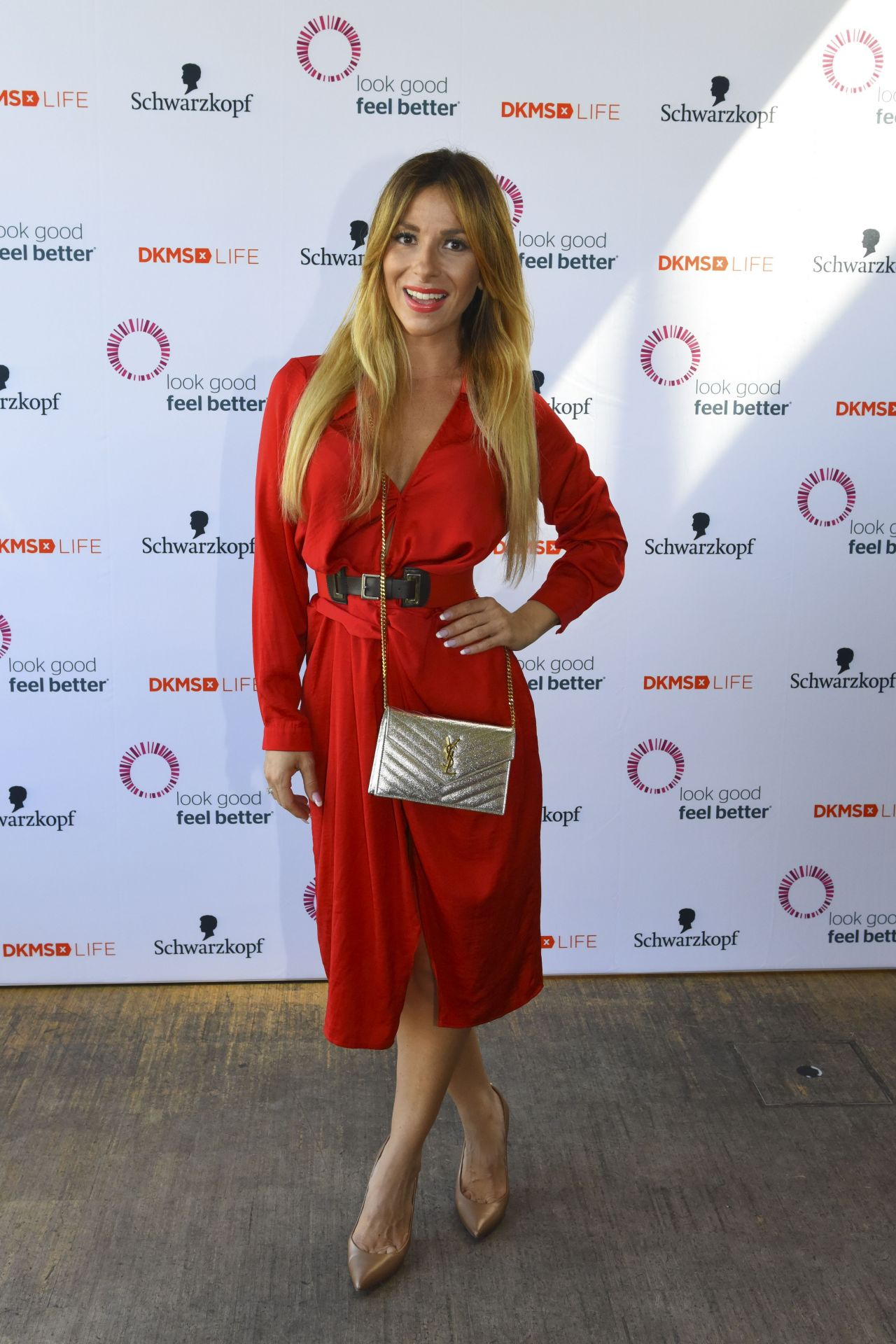 Gulcan kamps dkms life charity ladies lunch in dusseldorf germany naked (67 photos), Feet Celebrity picture