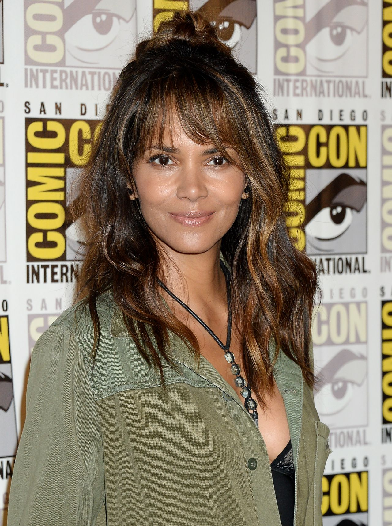halle berry 20th century fox presentation at comic con in san diego 07202017
