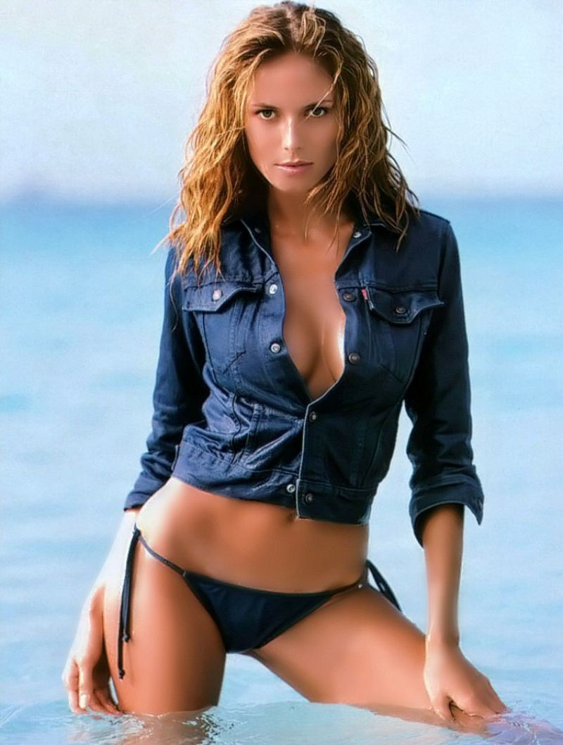 Heidi Klum Bikini Pics Sports Illustrated 2000