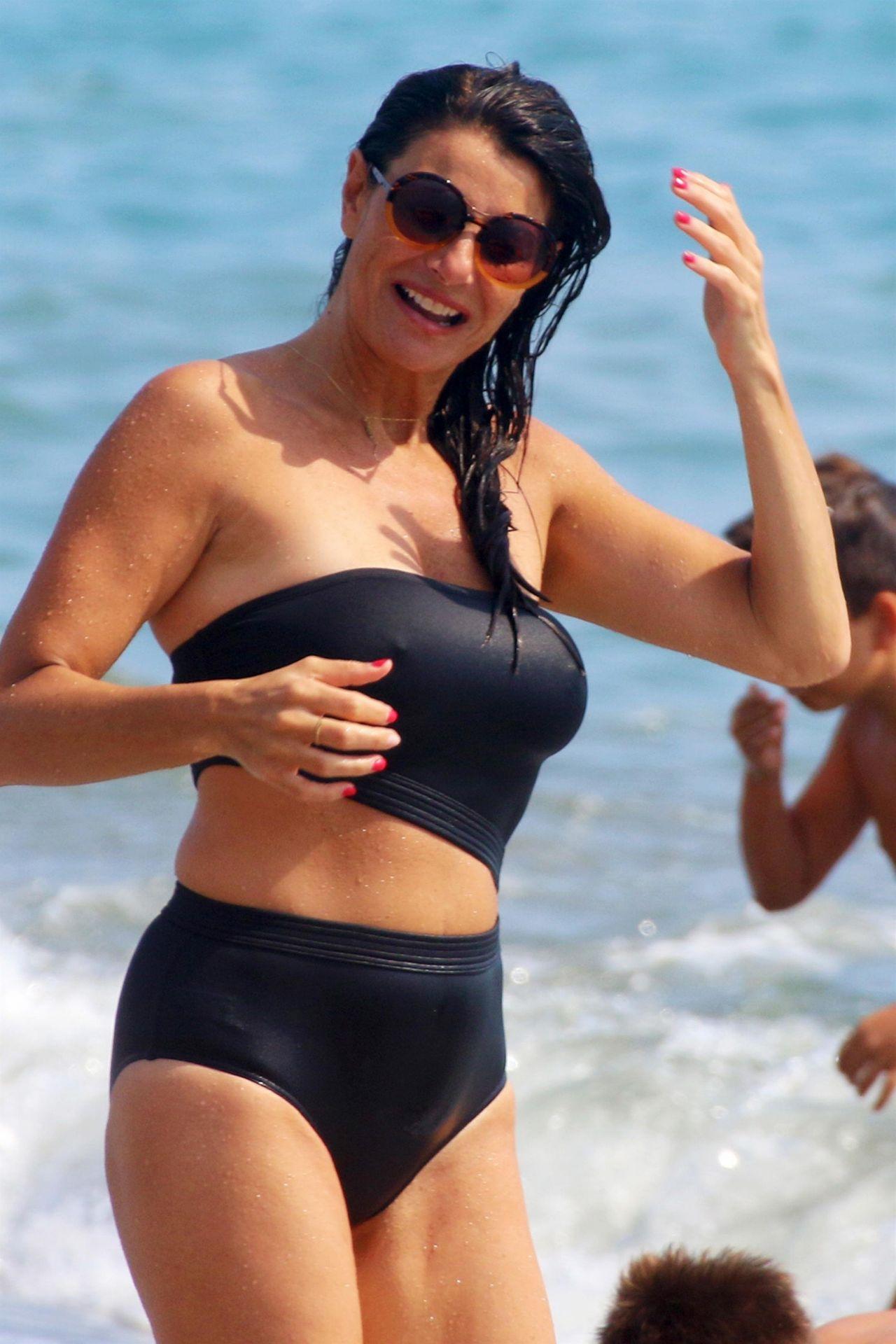 Bikini Ilaria D?Amico nude (17 photo), Tits, Bikini, Selfie, lingerie 2006