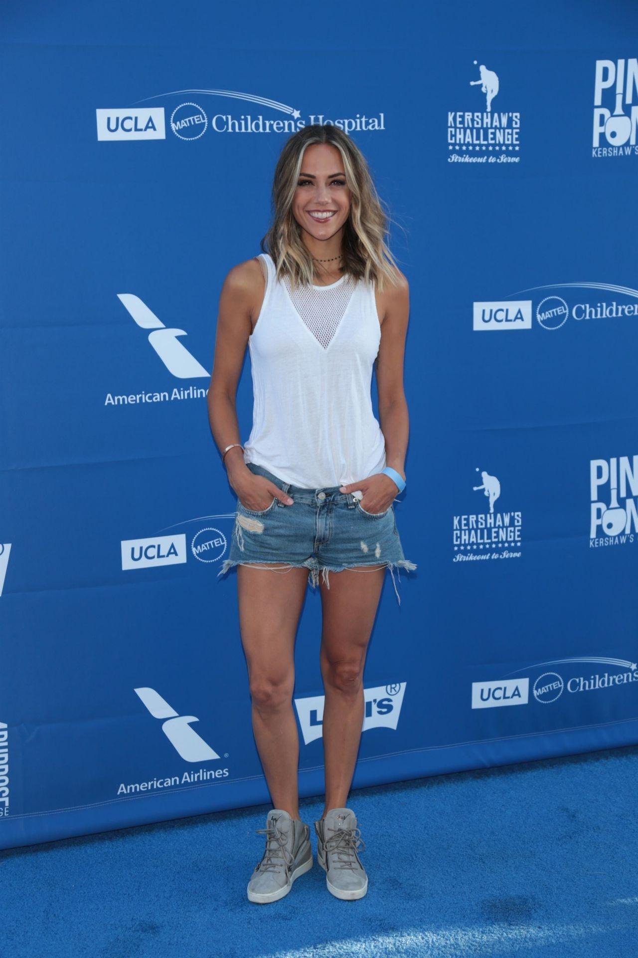 Jana Kramer Ping Pong 4 Purpose At Dodger Stadium In Los