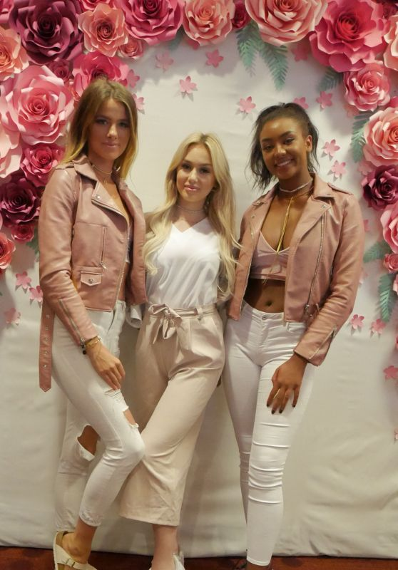 Janna Wiese, Maya Re, Sainabou Sosseh - Beauty Lounge at Fashion Week in Berlin 07/04/2017