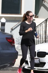 Jennifer Garner in Tights - Heading to the GYM in Los Angeles 07/21/2017