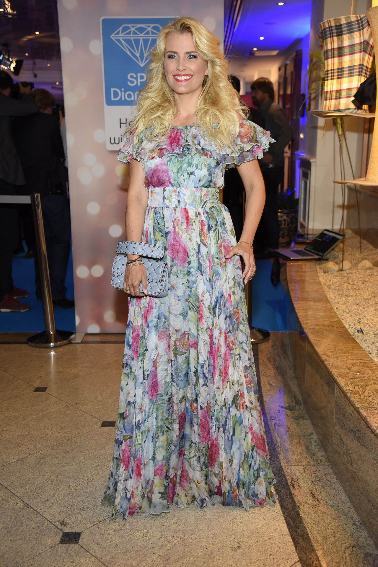 Jennifer knable at riani show mercedes benz fashion week berlin new photo
