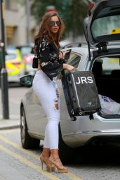 Jessica Shears in Ripped Tight Jeans - Manchester 07/13/2017
