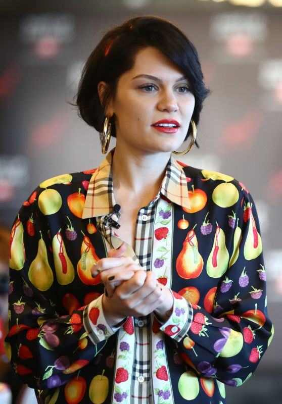 "Jessie J - ""Make Up Forever"" Photocall in Tokyo 07/20/2017"