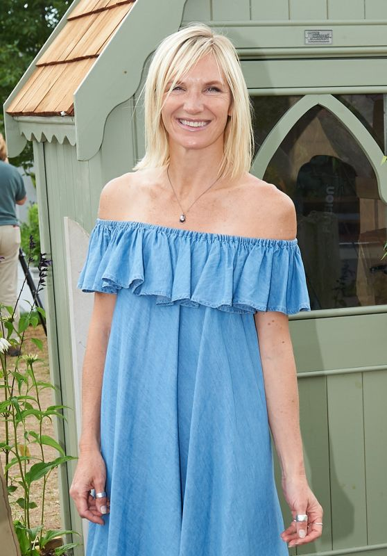 Jo Whiley – Hampton Court Flower Show in London 07/03/2017