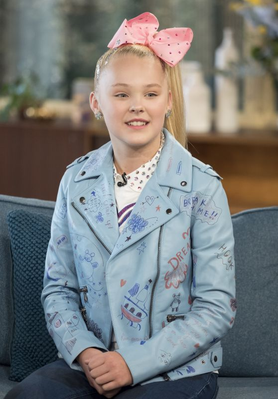 JoJo Siwa Appeared on This Morning TV Show in London 07/27/2017
