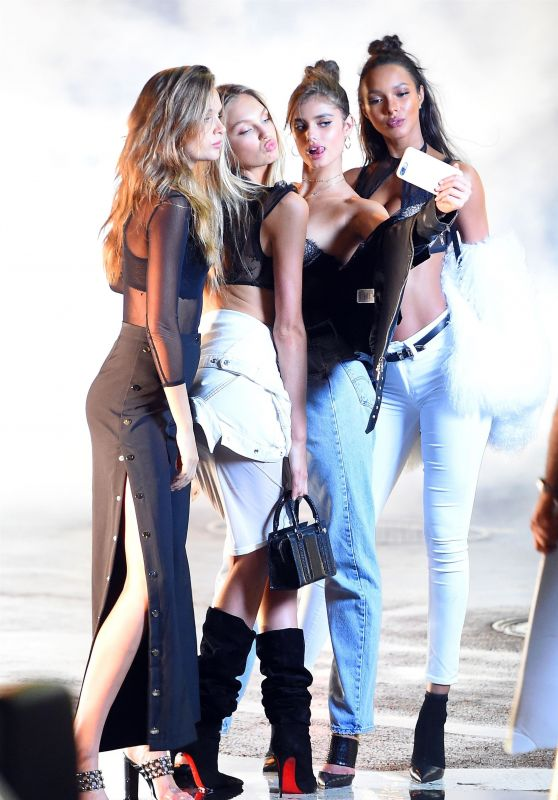 Josephine Skriver, Jasmine Tookes, Romee Strijd & Lais Ribeiro - Photoshoot in Soho, New York City 07/17/2017