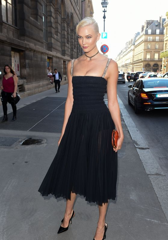 Karlie Kloss – Arriving at the Christian Dior Exhibition Party in Paris 07/03/2017